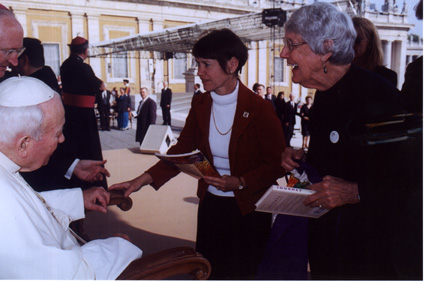 Pope John Paul II greeting ribbon participants.